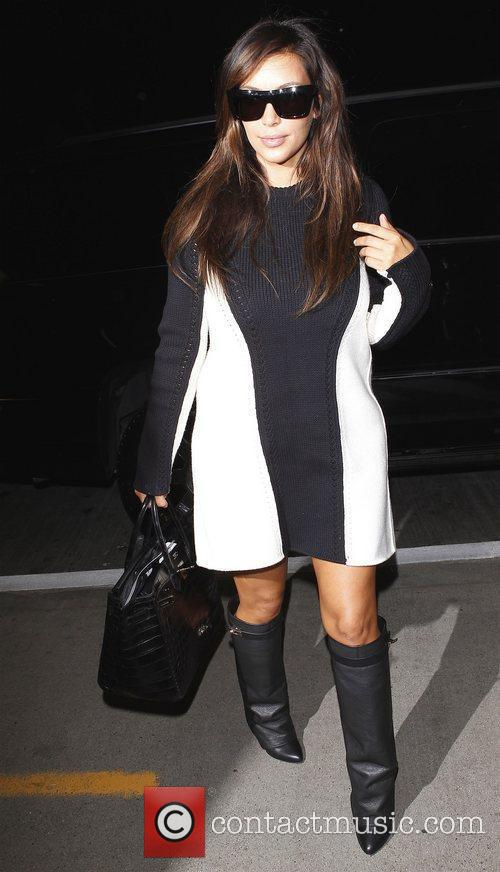 kim kardashian arrives at lax airport los 4074507