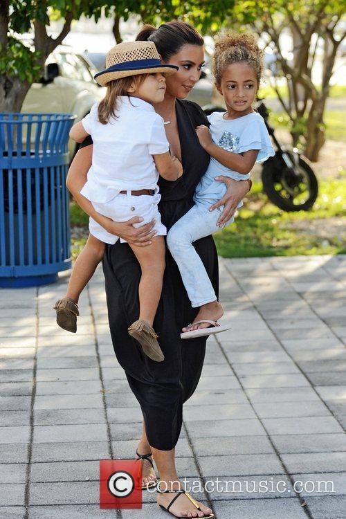 Kim Kardashian, Mason Disick and Sophia Pippen 2