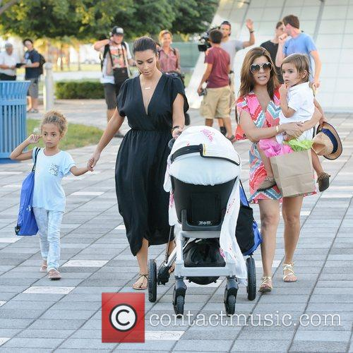 Kim, Kourtney Kardashian, Sophia Pippen, Mason, Penelope Disick and Children's Museum 3