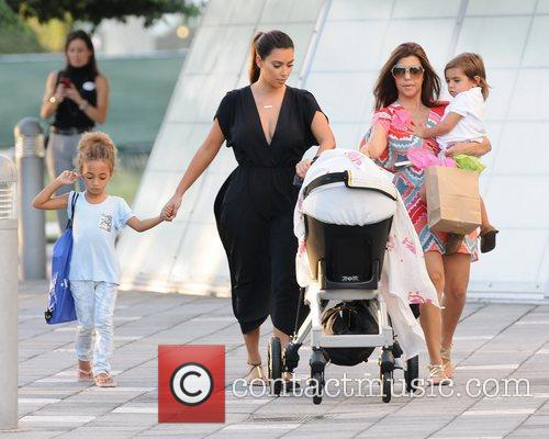 Kim, Kourtney Kardashian, Sophia Pippen, Mason, Penelope Disick and Children's Museum 5