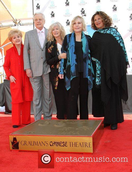 Debbie Reynolds, Connie Stevens, Kim Novak, Lainie Kazan and Grauman's Chinese Theatre 2