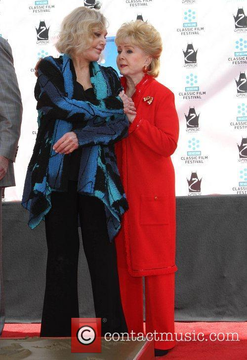 Kim Novak, Debbie Reynolds and Grauman's Chinese Theatre 3
