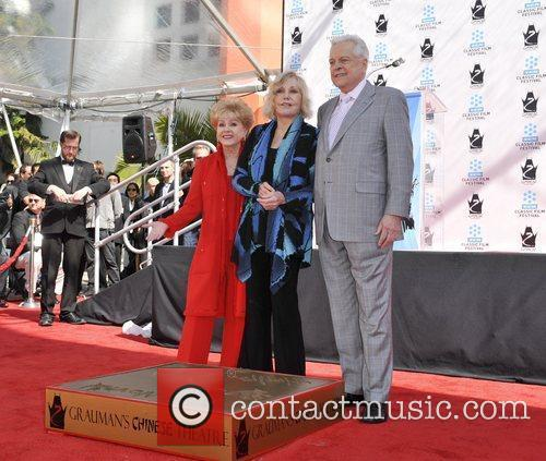 Debby Ryan, Kim Novak and Grauman's Chinese Theatre 2