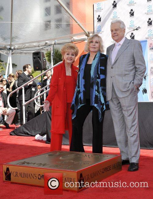 Debby Ryan, Kim Novak and Grauman's Chinese Theatre 1