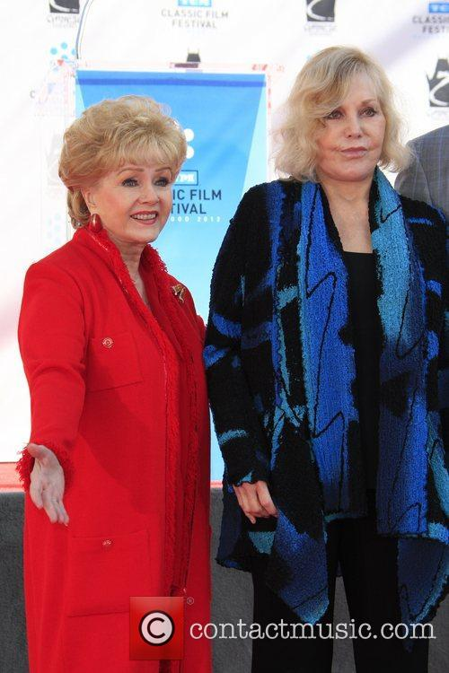 Debbie Reynolds, Kim Novak and Grauman's Chinese Theatre 9