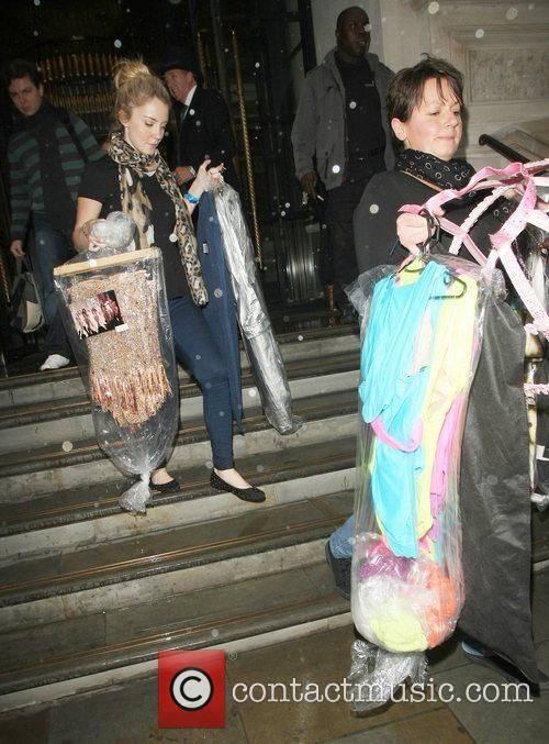Kimberly Walsh  leaving the Girls Aloud press...