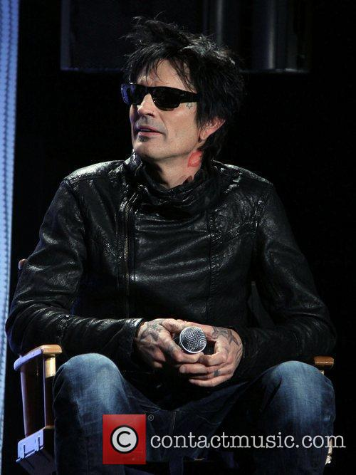 Tommy Lee 4