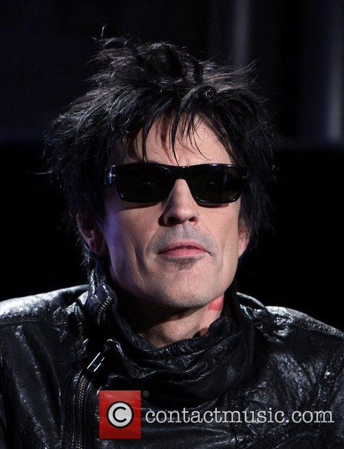 Tommy Lee 1