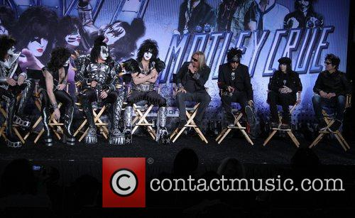 Gene Simmons, Nikki Sixx, Paul Stanley, Tommy Lee and Vince Neil 5