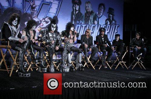 Gene Simmons, Nikki Sixx, Paul Stanley, Tommy Lee, Vince Neil