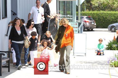 heidi klum picks up her children leni 5846387