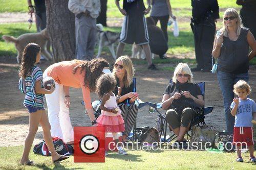 Heidi Klum, Erna Klum and Lou Sulola Samuel 8