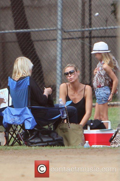 Erna Klum, Heidi Klum and Leni Samuel 4