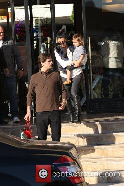 Kourtney Kardashian, Mason and Scott Disick 11