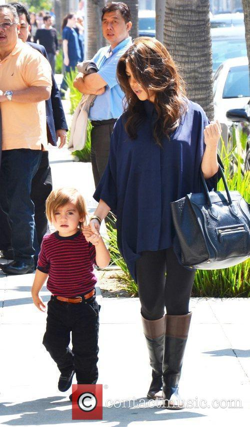 Kourtney Kardashian and Mason 5