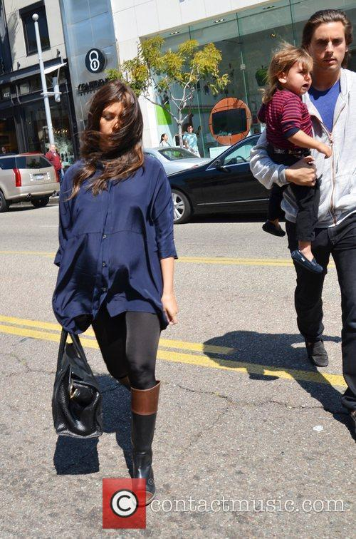 Kourtney Kardashian, Mason and Scott Disick 2