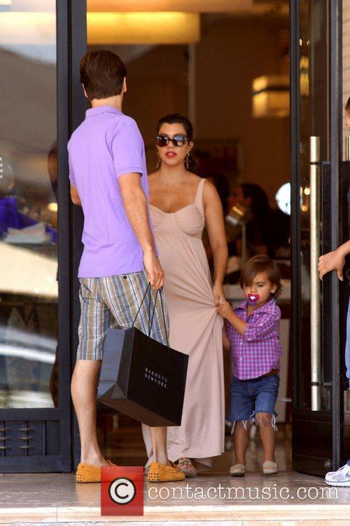 Scott Disick, Kourtney Kardashian and Mason 3