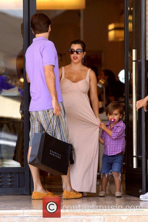 Scott Disick, Kourtney Kardashian and Mason 4
