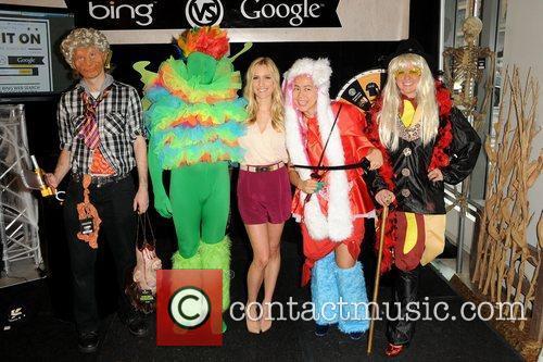 Kristin Cavallari hosts 'Halloween Bing it On' costume...