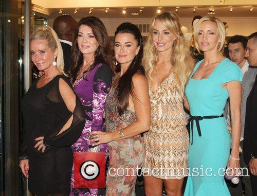 Kim Richards, Camille Grammer, Kyle Richards, Lisa Vanderpump and Taylor Armstrong 1