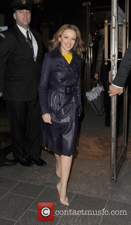 kylie minogue leaving harrods just after 11pm 4187472