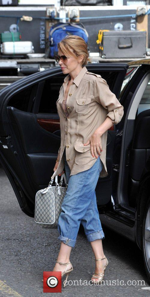 kylie minogue seen arriving at a recording 4061601