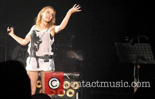 Kylie Minogue and Hammersmith Apollo 6