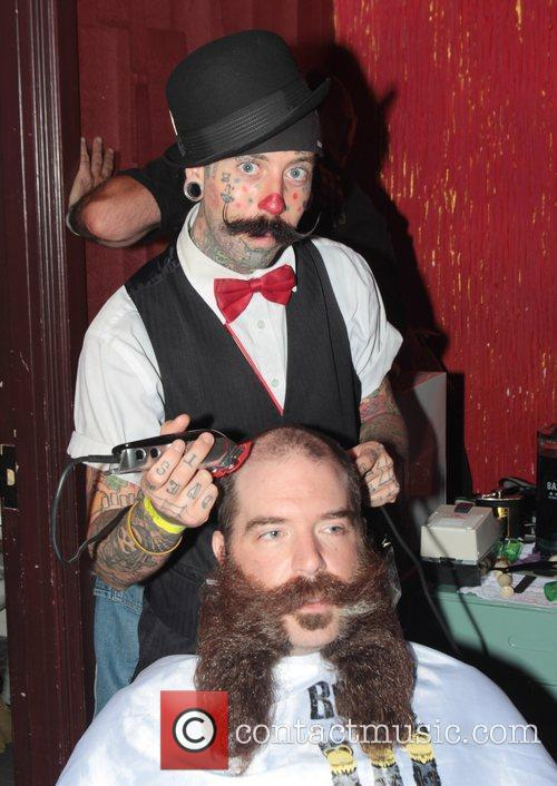 Richie the Barber with a competitors The Los...