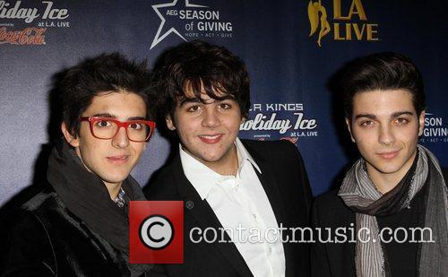 Il Volo The 4th annual holiday Christmas tree...