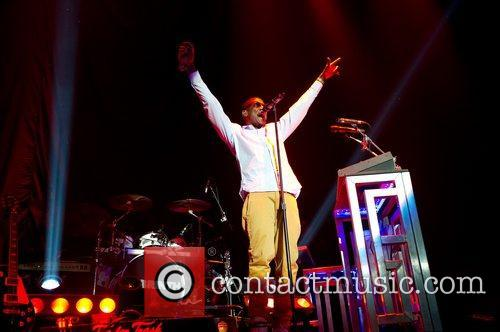 Performs at the LG Arena