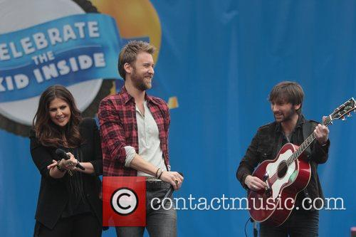 Dave Haywood, Charles Kelley and Hillary Scott 7