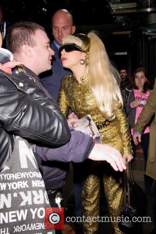 Lady Gaga and Manhattan Hotel 5