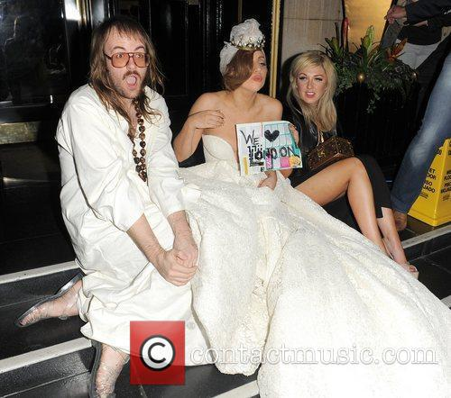 Lady GaGa, John Lennon and Steps 14