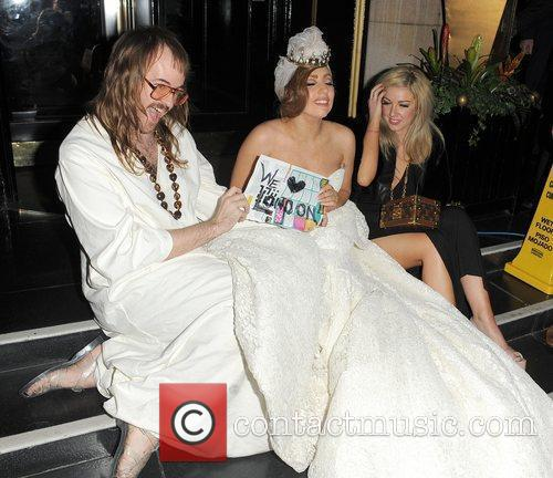 Lady GaGa, John Lennon and Steps 23
