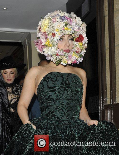 Lady Gaga Floral Head