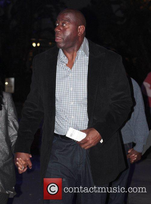 magic johnson celebrities arrive at the staples 3684480