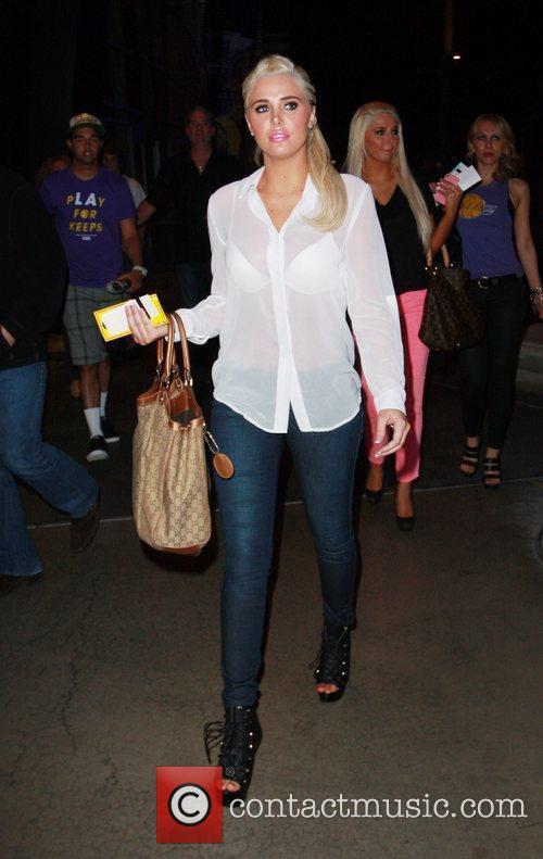 Karissa Shannon, Kristina Shannon and Staples Center 8