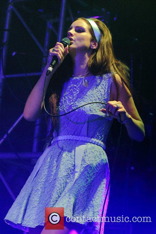 Lana Del Rey and Off Festival 15