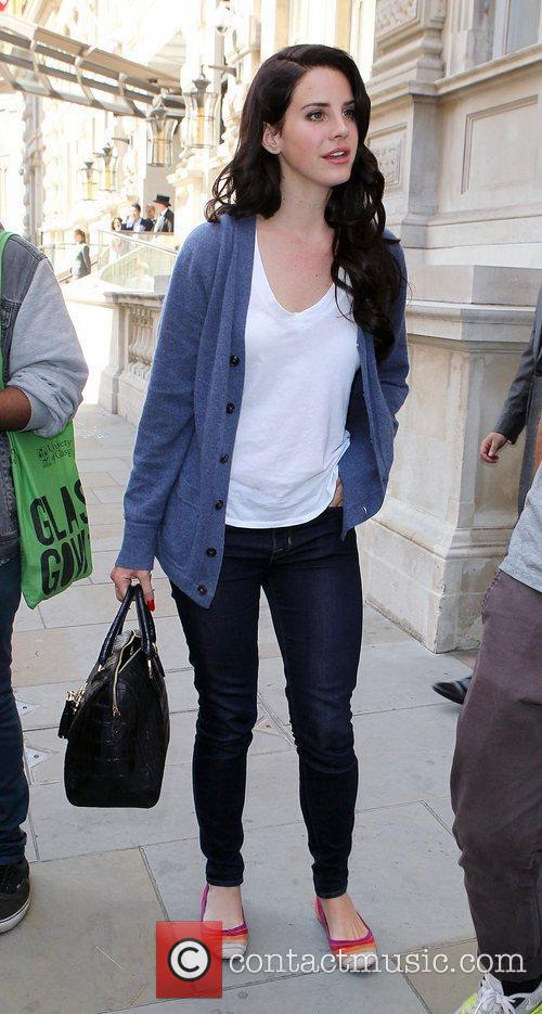 Lana Del Rey leaves her hotel, and heads...