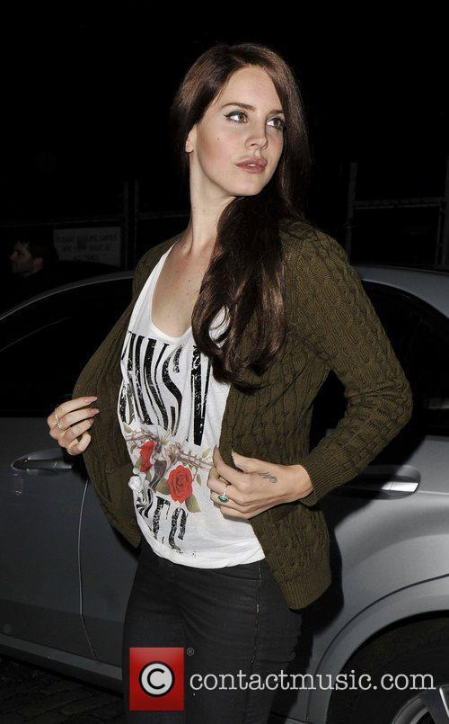 Lana Del Rey and Guns N Roses 15
