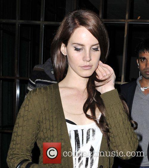 Lana Del Rey and Guns N Roses 3