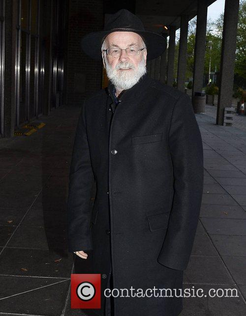 Terry Pratchett's Unfinished Works Have Been Destroyed - Just How He Wanted