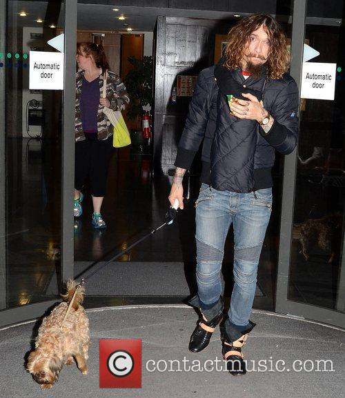 Justin Hawkins, The Darkness and Zeus