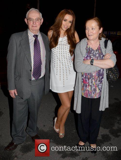 Una Healy and her parents John Healy and...