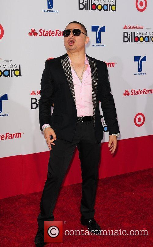 Larry Hernandez 2