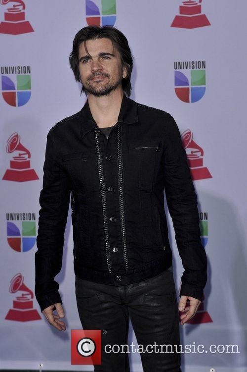 juanes 13th annual latin grammy awards held 5953153