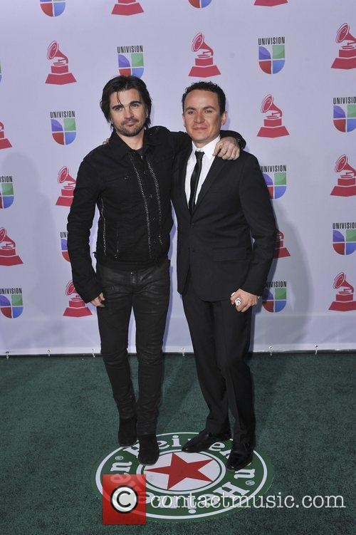 Juanes and Fonseca 3
