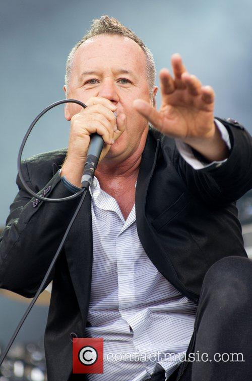 Jim Kerr and Simple Minds 7