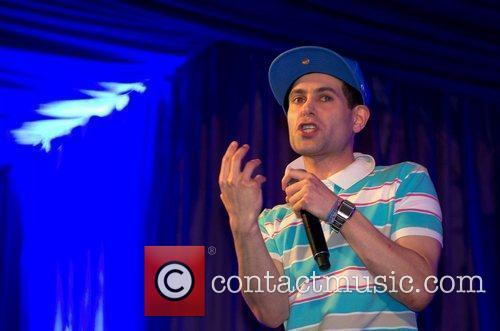 Lee Nelson and Latitude Festival 9