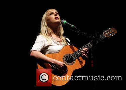 laura marling performing live at the hmv 3768248